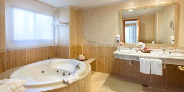 107073-hotel-fanabe-costa-sur—hotel-costa-adeje—bao-junior-suite