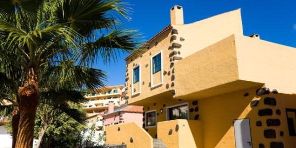107141-hotel-apartments-isabel—hotel-costa-adeje—bungalow—exterior-area